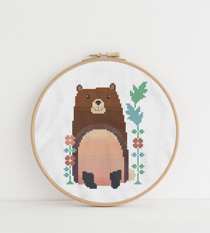 Woodland Animals: bear cross stitch pattern in embroidery hoop